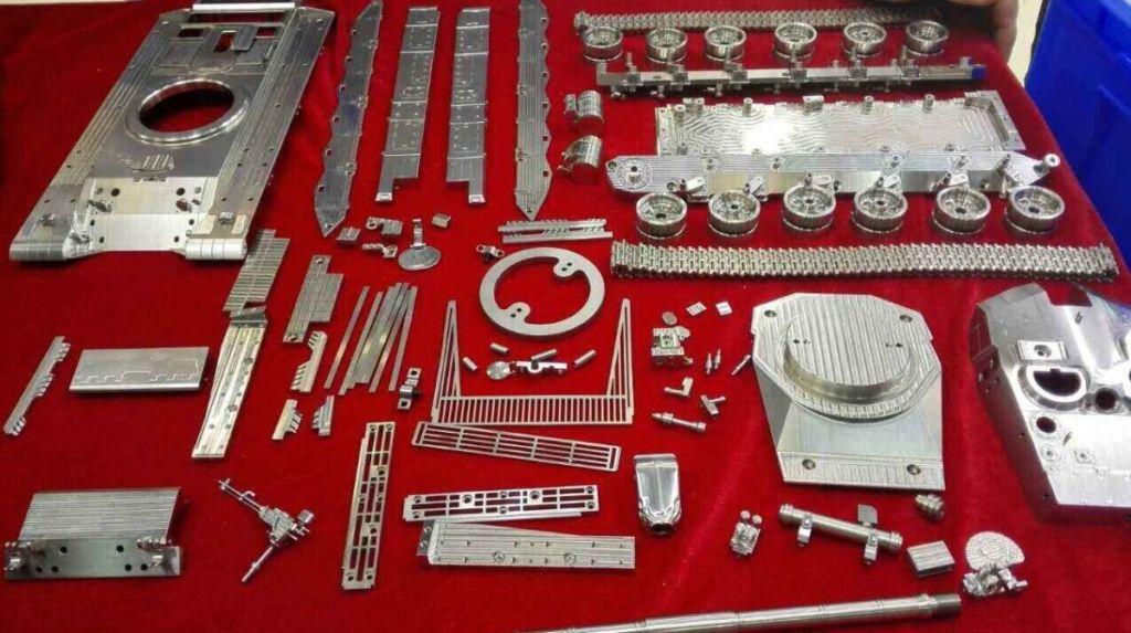 Modello componibile in acciaio inox CNC